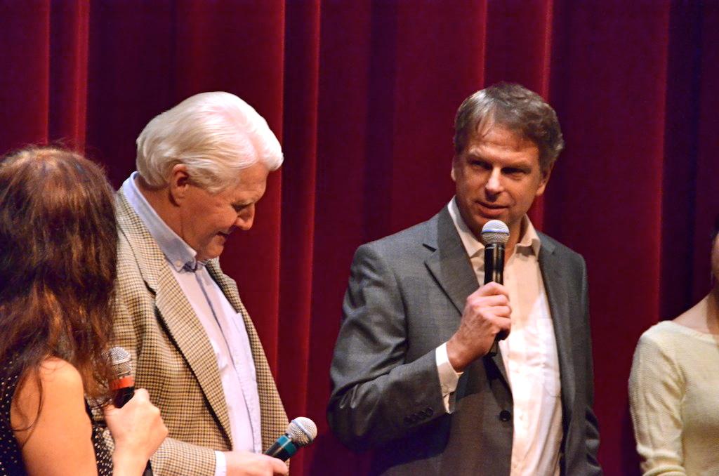 Sigurd Coates oppsummerer erfaringene med båtprosjektet i Filmens hus etter filmvisningen 17. november. Foto: Peter Kuzinski